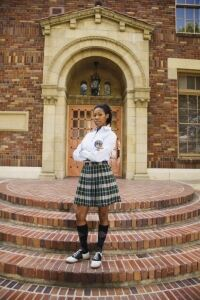 Pupils campaign for knee-high socks