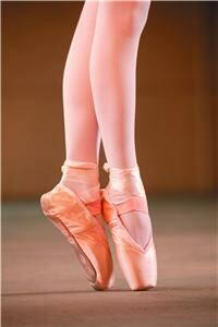 Pink tights 'no use in Harlem ballet'