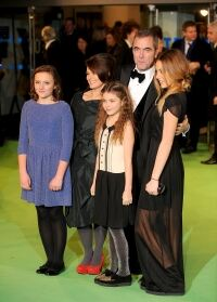 Tights on show at Hobbit premiere