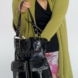 Women 'carry underwear in handbags'